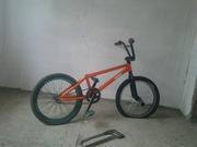 Велосипед BMX б/у